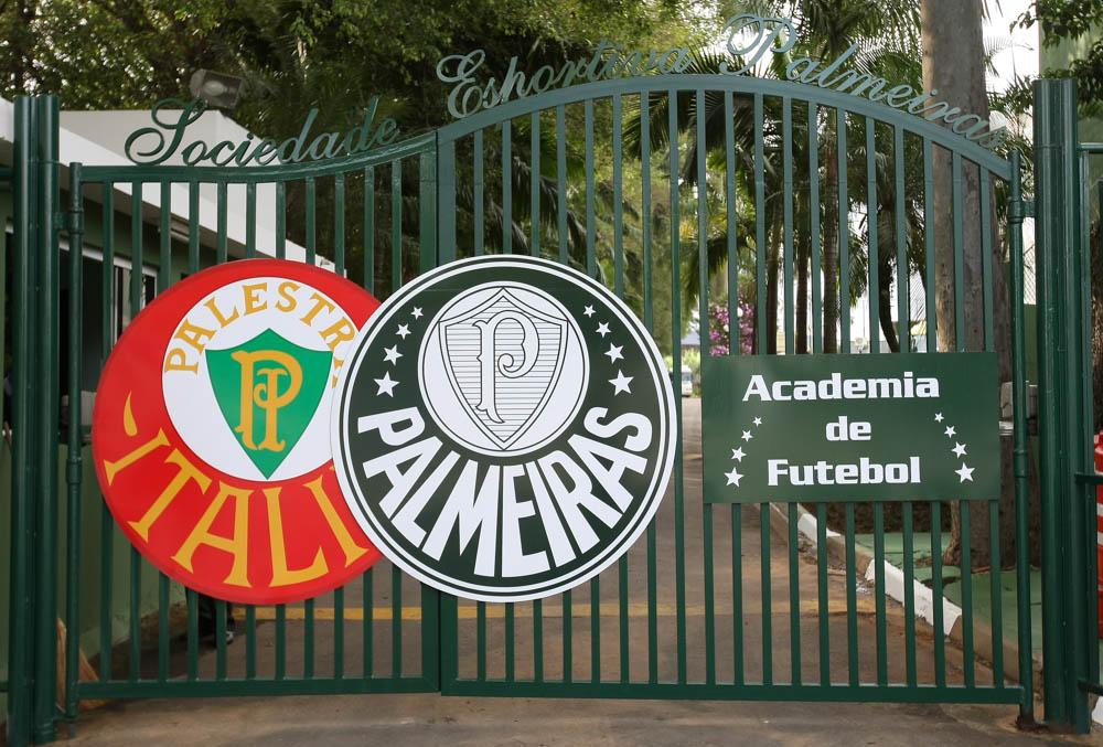 Nova sinalização da Academia de Futebol da SE Palmeiras. São Paulo/SP, Brasil - 09/06/2014. Foto: Cesar Greco / Fotoarena