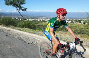 35 anos, 3 Olimípiadas, inúmeras vitórias e títulos. Este é Rubens Valeriano, nossa maior referência no Mountain Bike atual.