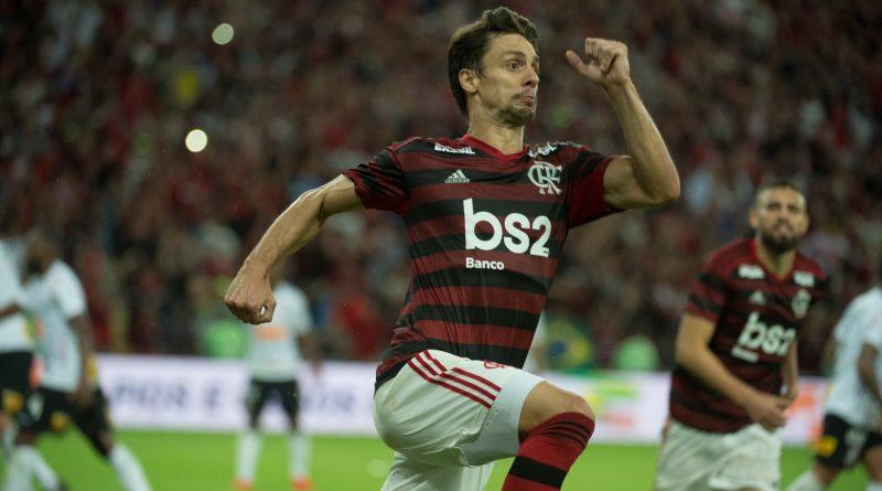 Rodrigo Caio decide, Flamengo vence e se classifica na Copa Do Brasil eliminando o Corinthians.